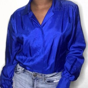 Royal blue blouse 💙🦋